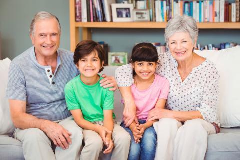 Qué tan preciso es un test de ADN para abuelos en comparación con un test de paternidad?
